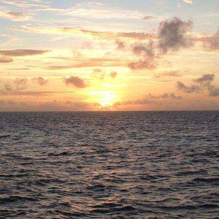 Diamonds Thudufushi: Couché de soleil depuis la wv10