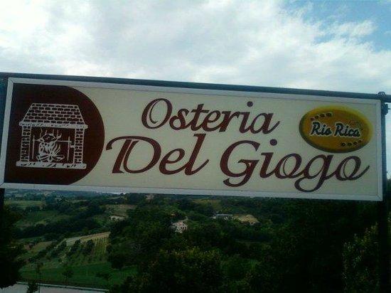 L'INSEGNA VISTA DALLA TERRAZZA DEL GIOGO!!!! - Foto di ...