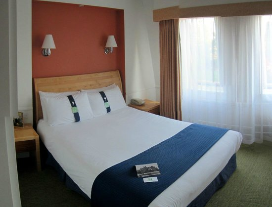 Holiday Inn London-Bexley: Room