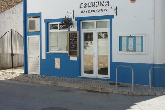 Esquina Restaurante: Esquina Retaurant and Bar Burgau well worth a visit
