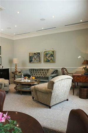 Monarch Hotel: Presidential Suite