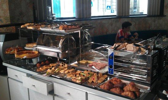 Teatro Bed & Breakfast: Buffet