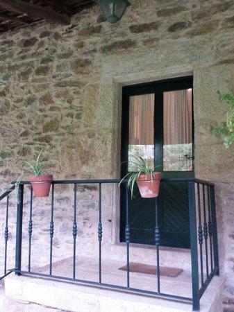 Salida al jardin trasero y aparcamiento fotograf a de casa dos cregos bascuas tripadvisor - Casa dos cregos ...