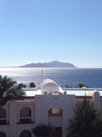 Savoy Sharm El Sheikh: The wonderful sea view from our balcony, room 2218.