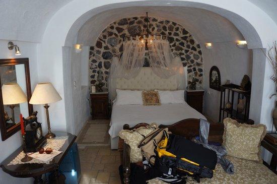 Alexander's Boutique Hotel of Oia: Honeymoon room