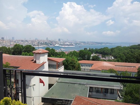 Agora Life Hotel : View from the roof, Bosporus