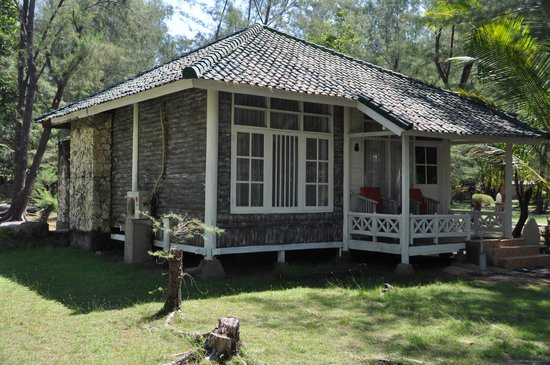 Hotel Gazebo Meno : Outside of cottage