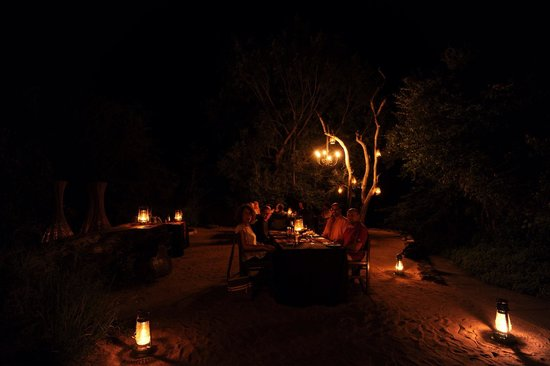 Sabi Sabi Little Bush Camp: Dinner