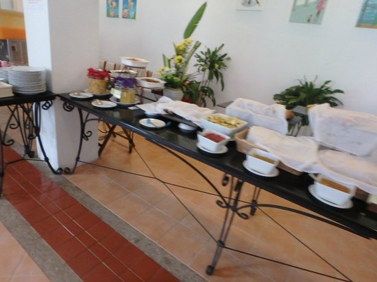 The Old Phuket: Free buffet breakfast