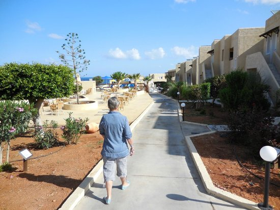 Smartline Vasia Village: road to one of the three pools or your room