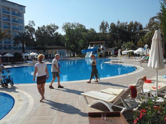 Annabella Diamond Spa & Hotel: Бассейн