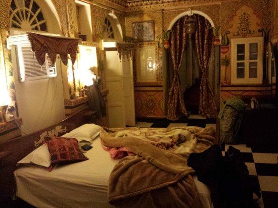 Singhvi's Haveli : Maharani Suite