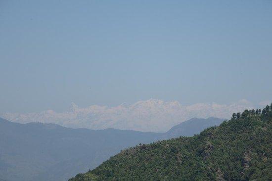 Beautiful Himalayas visible from Gun Hill