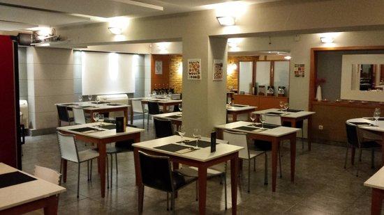 comedor: fotografía de Restaurant L'Olla, Sant Feliu de