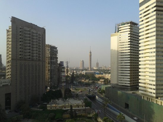Pyramisa Suites Hotel Cairo: View from the 10th floor room