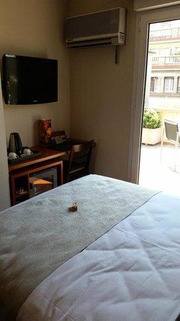 Catalonia Diagonal Centro: Standard Double Room