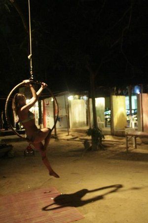 Utopia International Delights: Cali Girl trying out her lyra skills