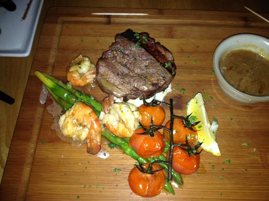 La Favorita Restaurant Leith Walk : Surf and Turf not enough