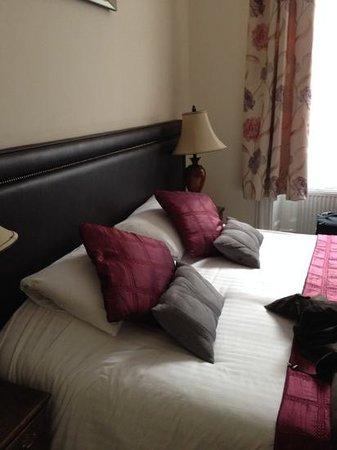 Black Boy Inn: room 40 in Black Jacks