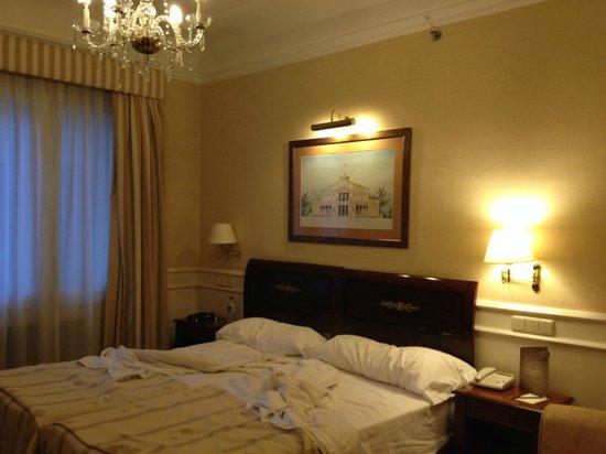 Emperador Hotel Madrid : cosy room