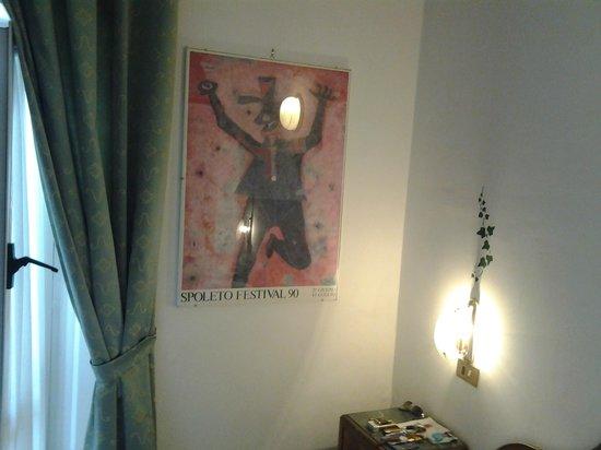 Ristorante Ferretti: la bella camera con l'immancabile manifesto del Festival