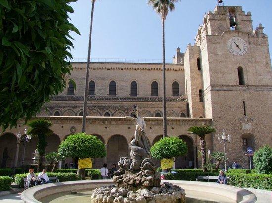 Duomo di Monreale: Facciata del Duomo
