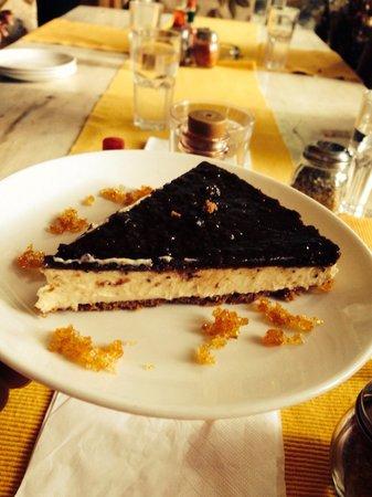 Casa Bella Vista: Yammmmiiiii cheese cake ...