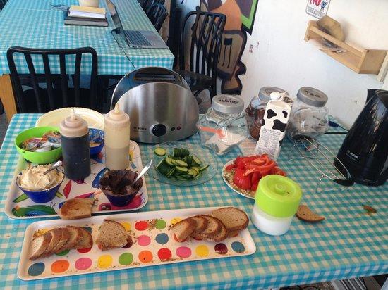 Florentine Hostel: Breakfast