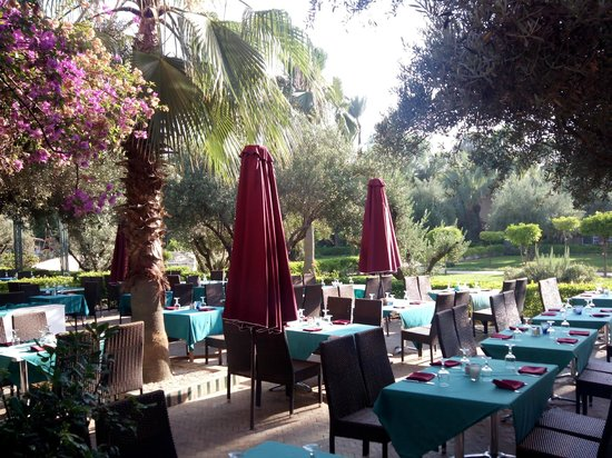 Club Eldorador Palmeraie: Outside dining