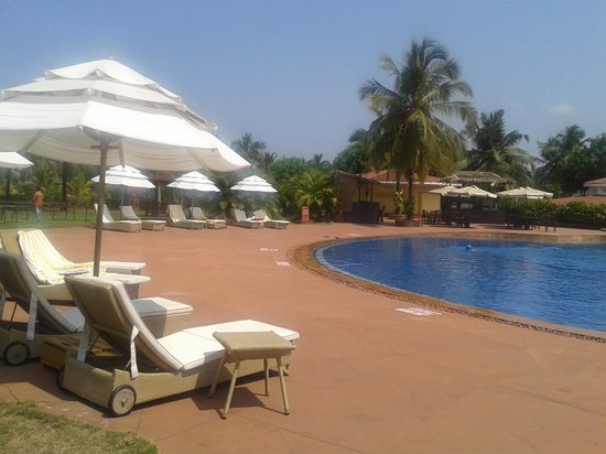 The LaLiT Golf & Spa Resort Goa : Swimming Pool