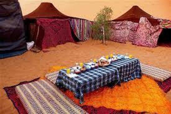 Desert Berber Fire-Camp: hall at camp