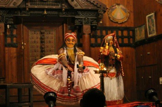 Kerala Kathakali Centre : Kathakali dance