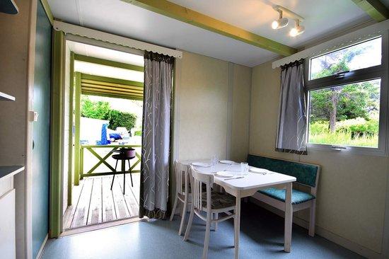 Camping La Rueda : Detalle Bungalow