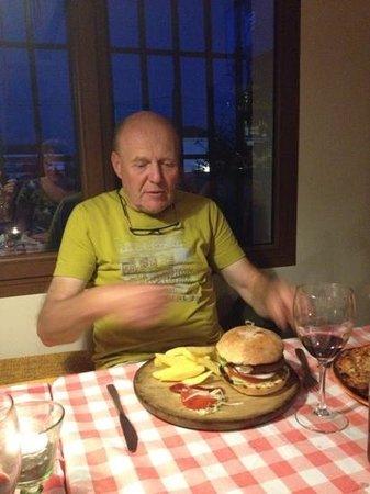 Pizzaiolo Rocks: a fine hamburger
