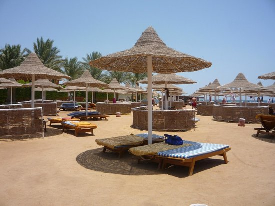 Siva Grand Beach Hotel : пляж