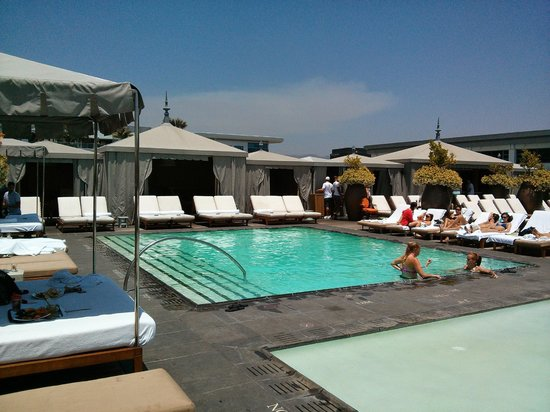 SLS Hotel, A Luxury Collection Hotel, Beverly Hills : Hot spot to be in Beverly Hills