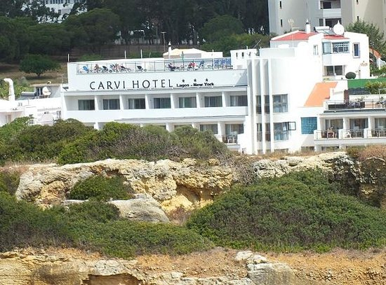 Carvi Beach Hotel Algarve: View of the hotel