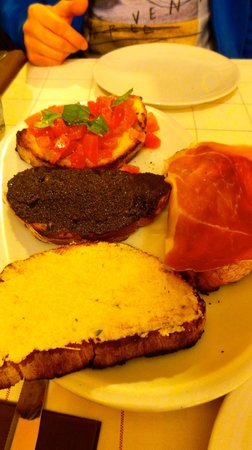 Popolo Caffe : 4 mixed toasts