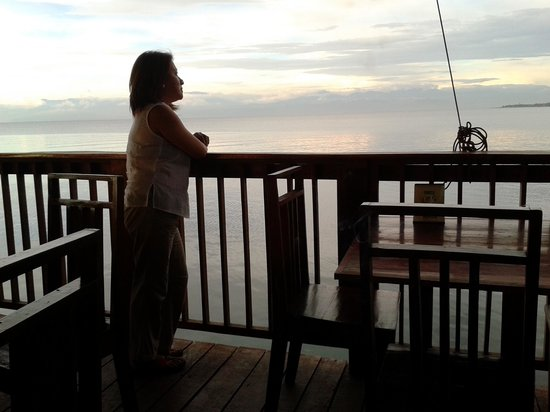 Seablings Seafoods Restaurant: enjoying the view