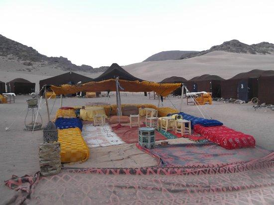 Marrakech Expedition: campo Berbero nel deserto