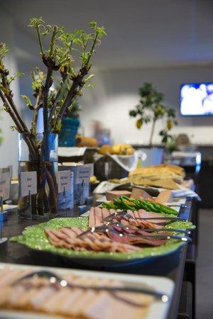 Park Inn By Radisson Lund : Breakfast area in Restaurant Aperitivo