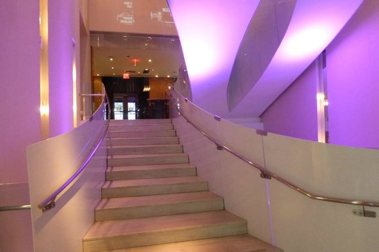 Andaz Wall Street: Stairs
