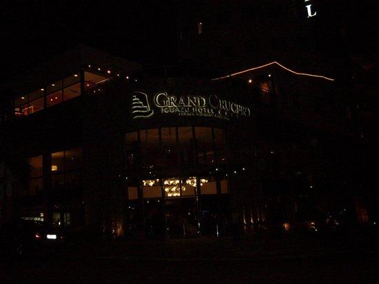 Grand Crucero Iguazu Hotel : Vista nocturna