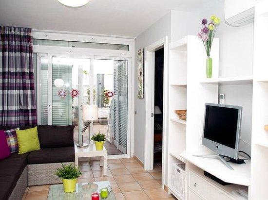 Las Perlas: Livingroom