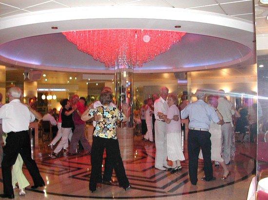 Servigroup Calypso: Lovely dancefloor