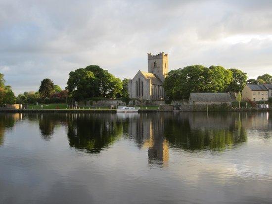 Lakeland House : Killaloe