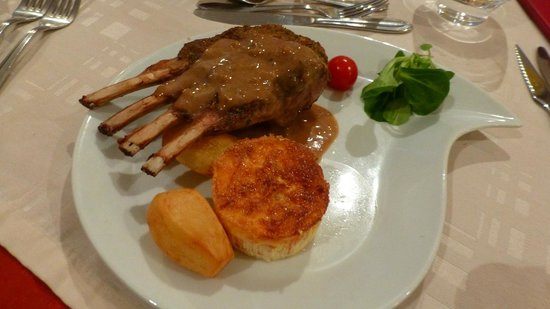 Au Chant des Galipes: Rack of Lamb