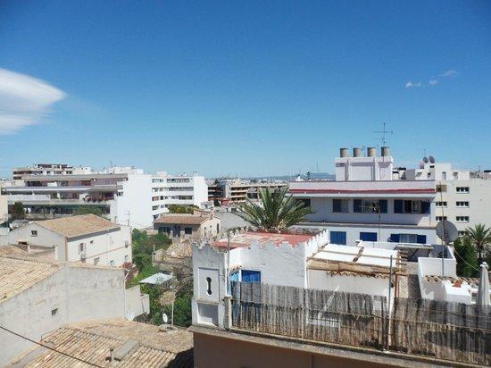 Hotel Sercotel Zurbaran: view from balcony