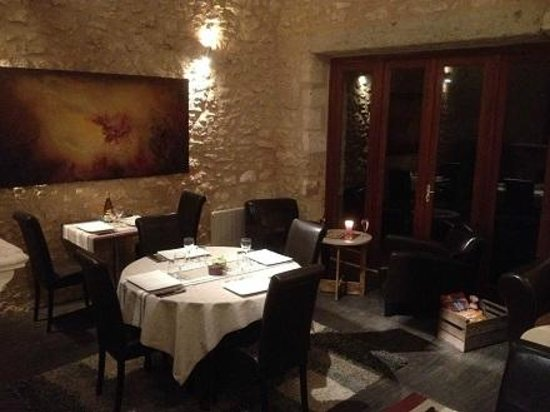 Domaine De Brantome Holiday Rentals : Beautiful interior of the onsite restaurant