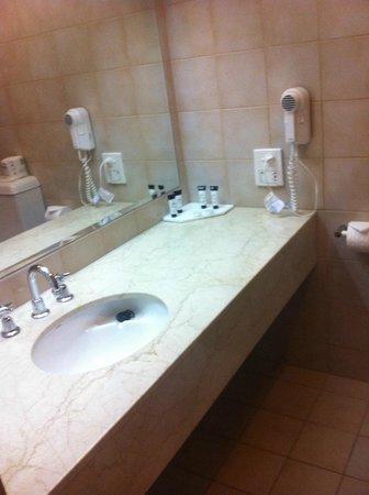 Wirrina Hotel & Golf Resort: Bathroom